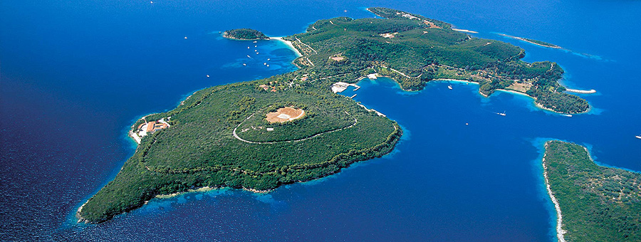 Scorpios, famous Onnasis private island